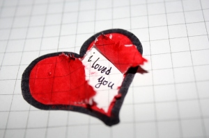broken-broken-heart-i-loved-you-ps.-sad-Favim.com-54036